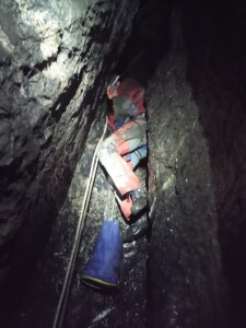 Désecalade d'Olivier dans le puits aux Étincelles
